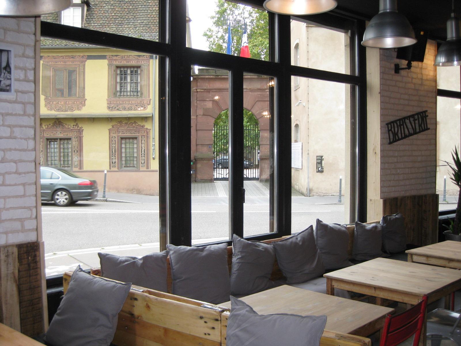 abattoir cafe bar strasbourg. Black Bedroom Furniture Sets. Home Design Ideas