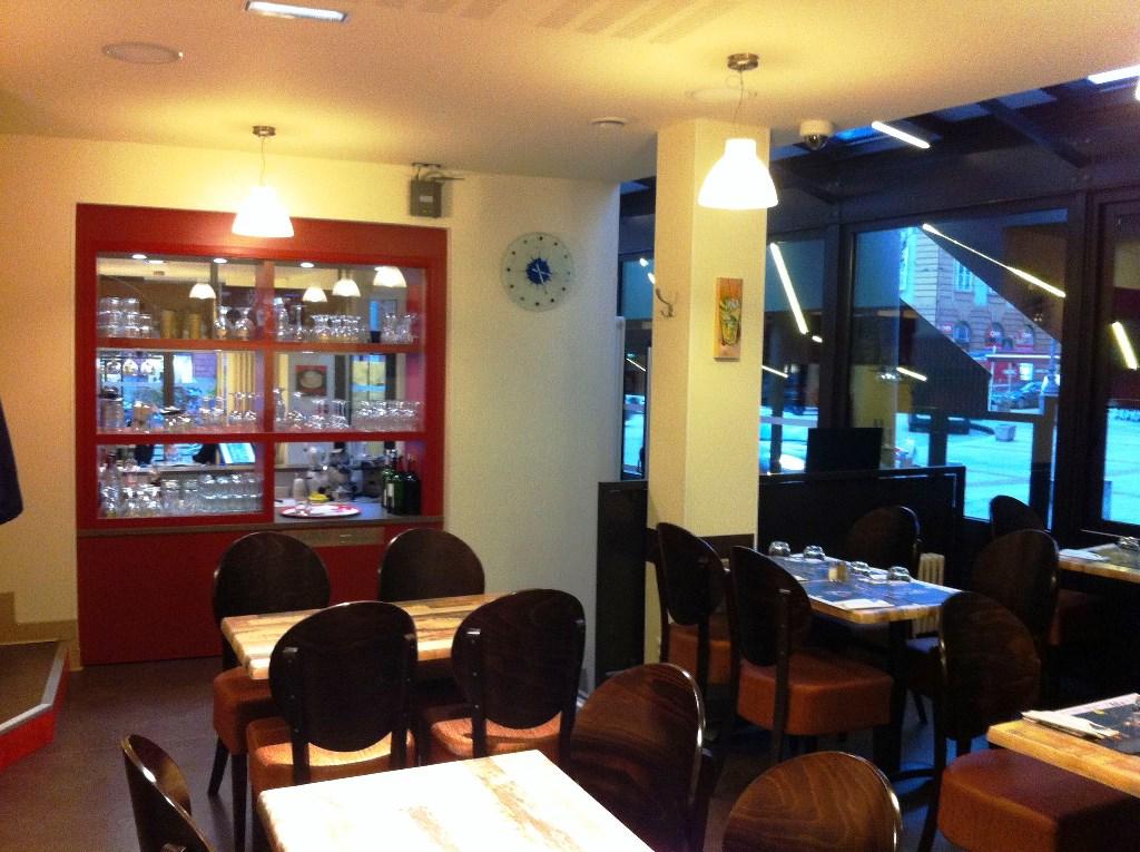 Restaurant Place Denis Dussoubs Limoges