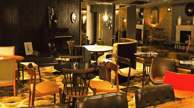 Bus palladium discotheque paris for Moquette restaurant