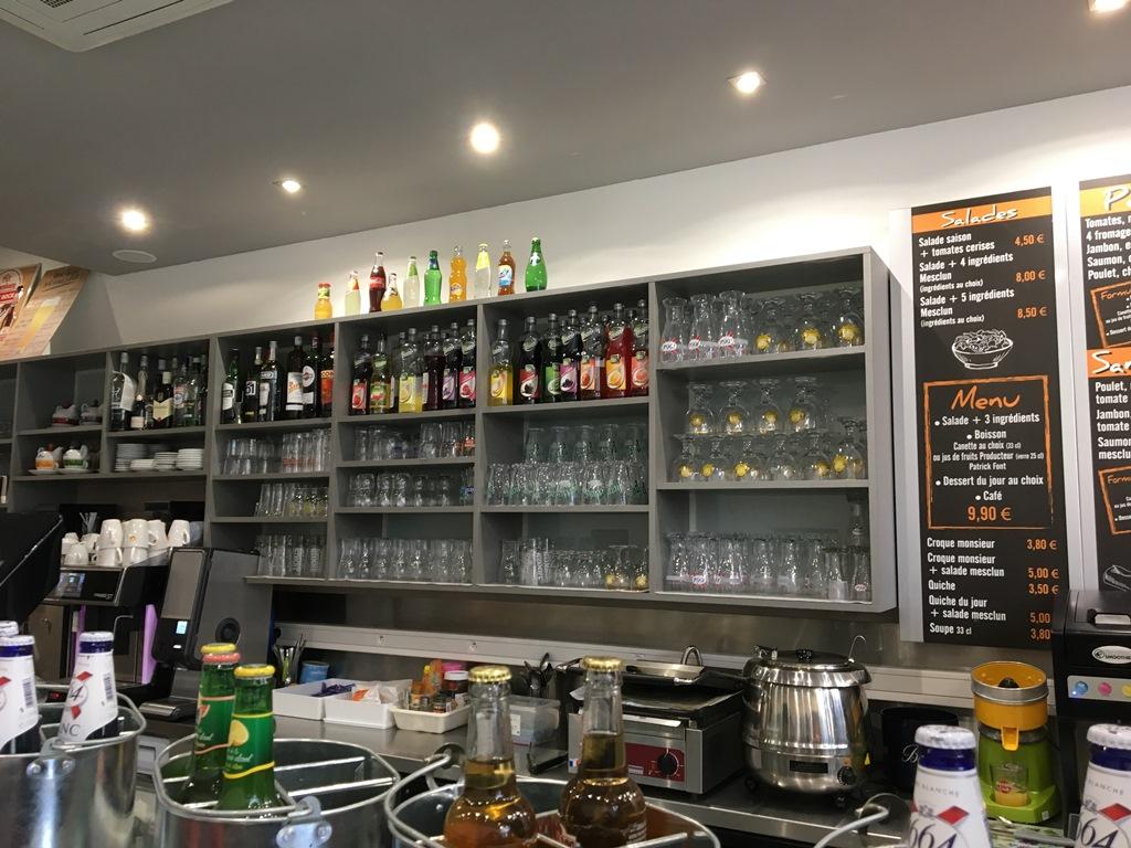 Caracas cafe bar saint etienne for Bar a champagne saint etienne