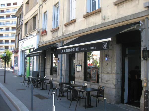 La bouche pleine restaurant saint etienne for Bar a champagne saint etienne