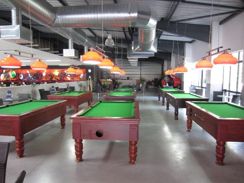 sport bowling bar epinal. Black Bedroom Furniture Sets. Home Design Ideas