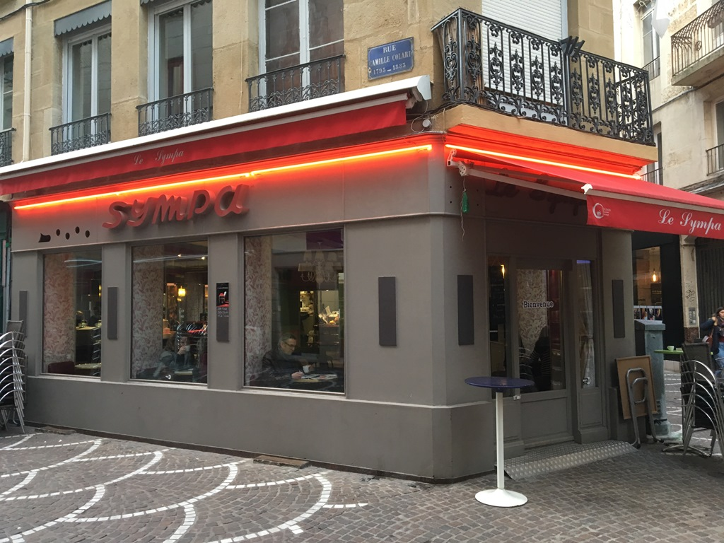 Le sympa bar saint etienne for Bar a champagne saint etienne