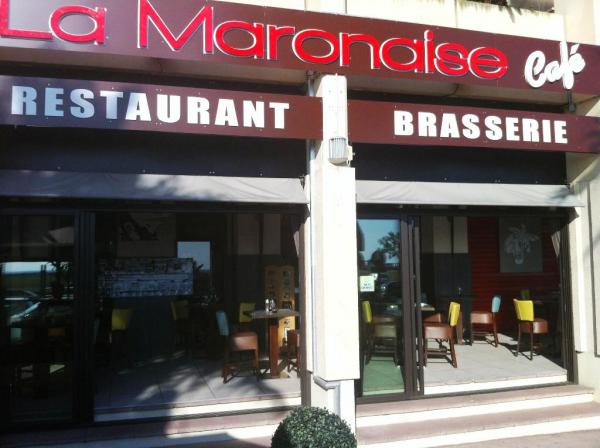 maronaise restaurant marseille. Black Bedroom Furniture Sets. Home Design Ideas