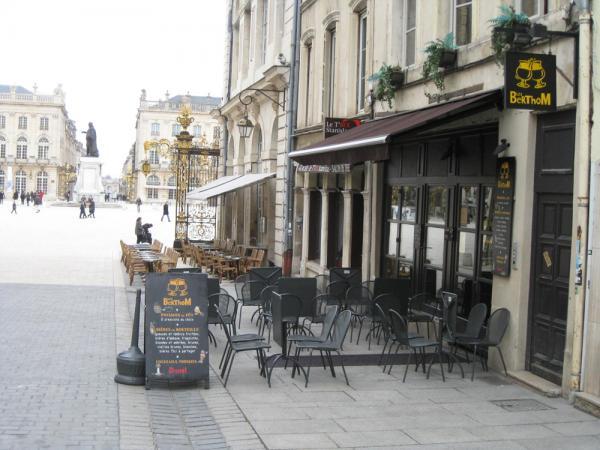 Restaurant Le J Rue Stanislas