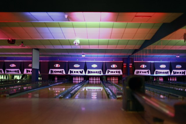 Le bowling des nations restaurant nancy for Horaires piscine vandoeuvre