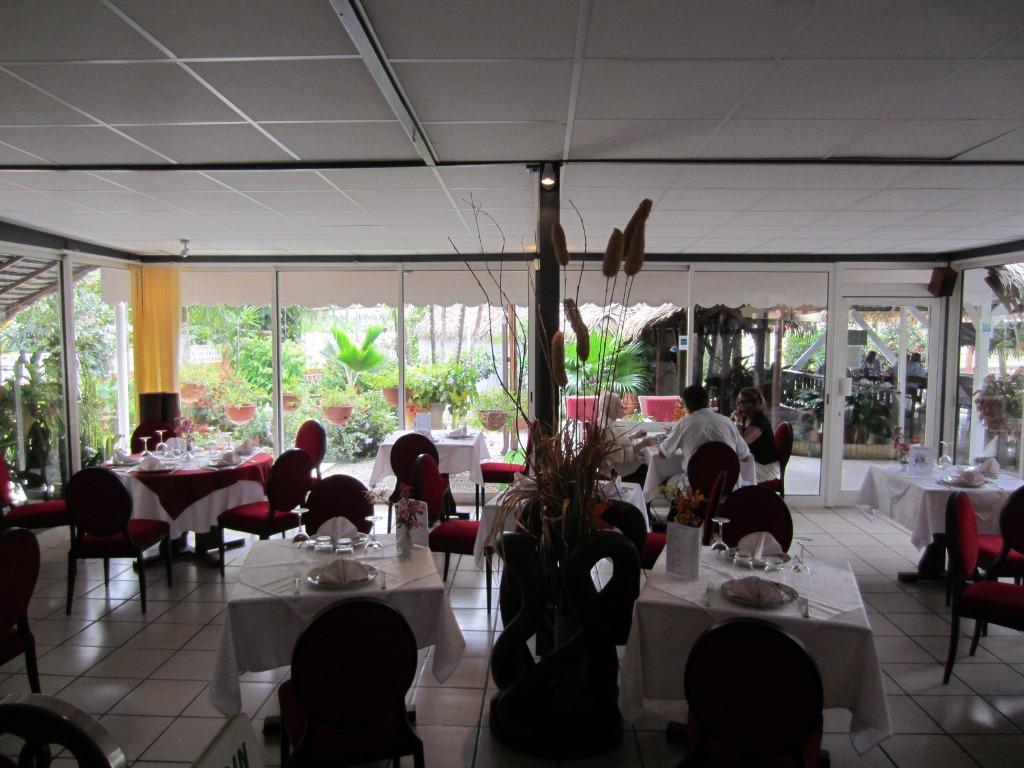 Le boeuf au jardin restaurant guyane for Resto au jardin