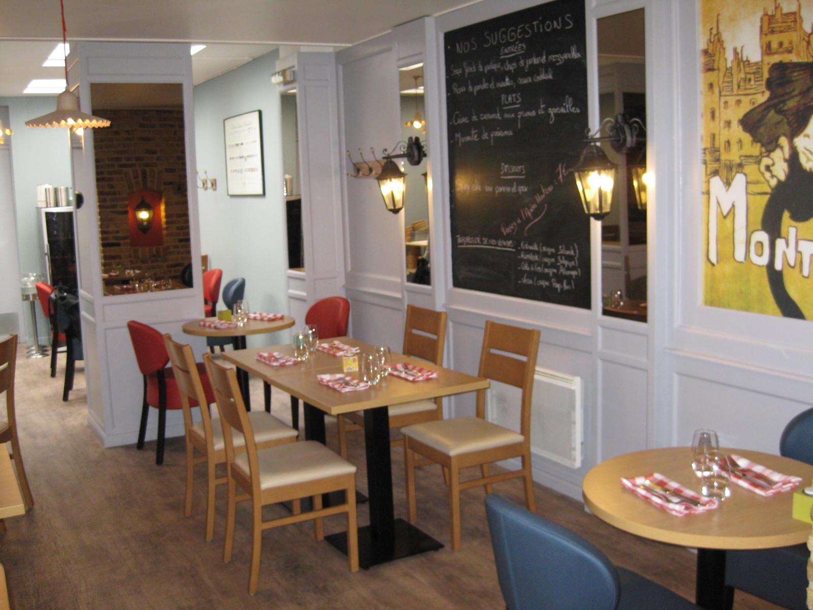 Le p 39 tit montmartre restaurant saint omer for Le miroir restaurant montmartre