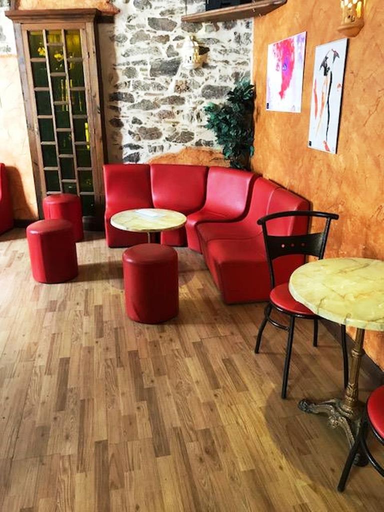 les artistes restaurant cholet. Black Bedroom Furniture Sets. Home Design Ideas