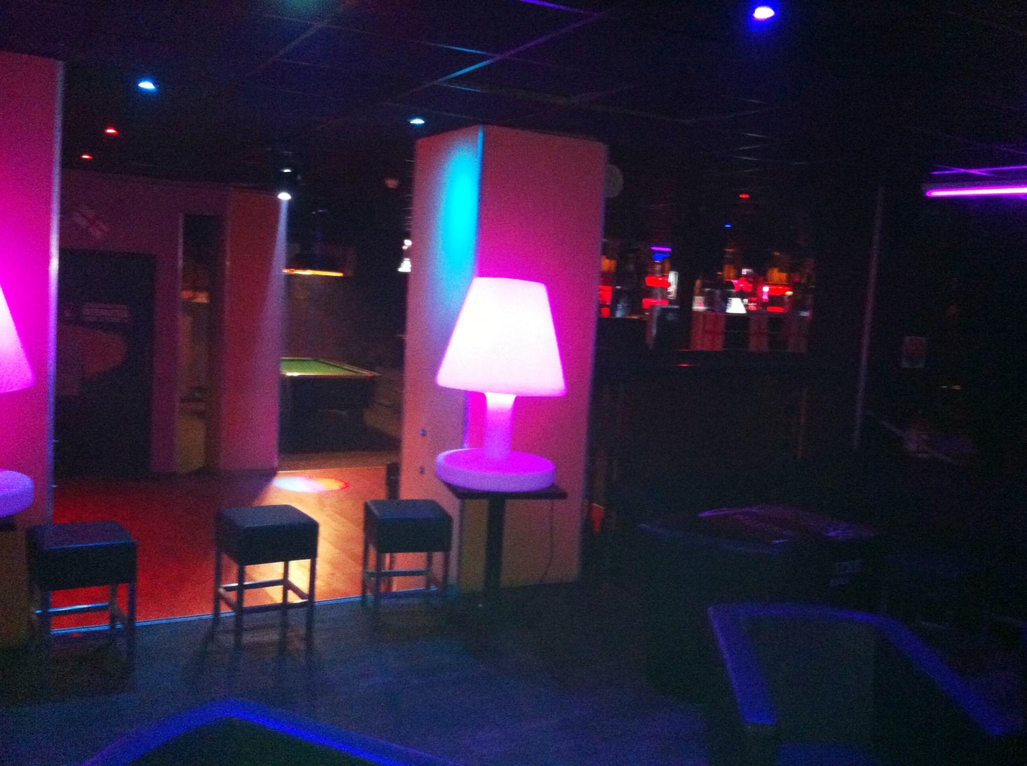 le buckingham club bar limoges. Black Bedroom Furniture Sets. Home Design Ideas